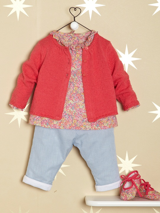 Babys-Frühjahrs-Ensembles-Farbenfrohes Baby-Outfit in angesagter Jeans- und Musterkombination